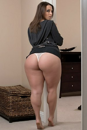 wide hips nude wives